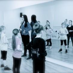 Corner Space - Singing Class-3